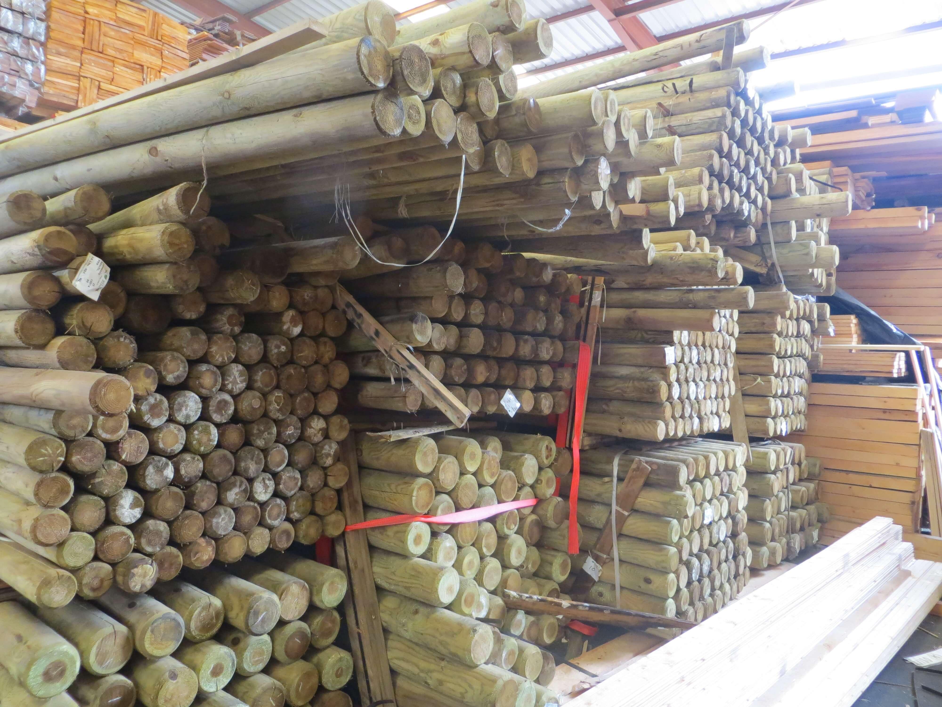 postes cilindricos madera tratada (1)